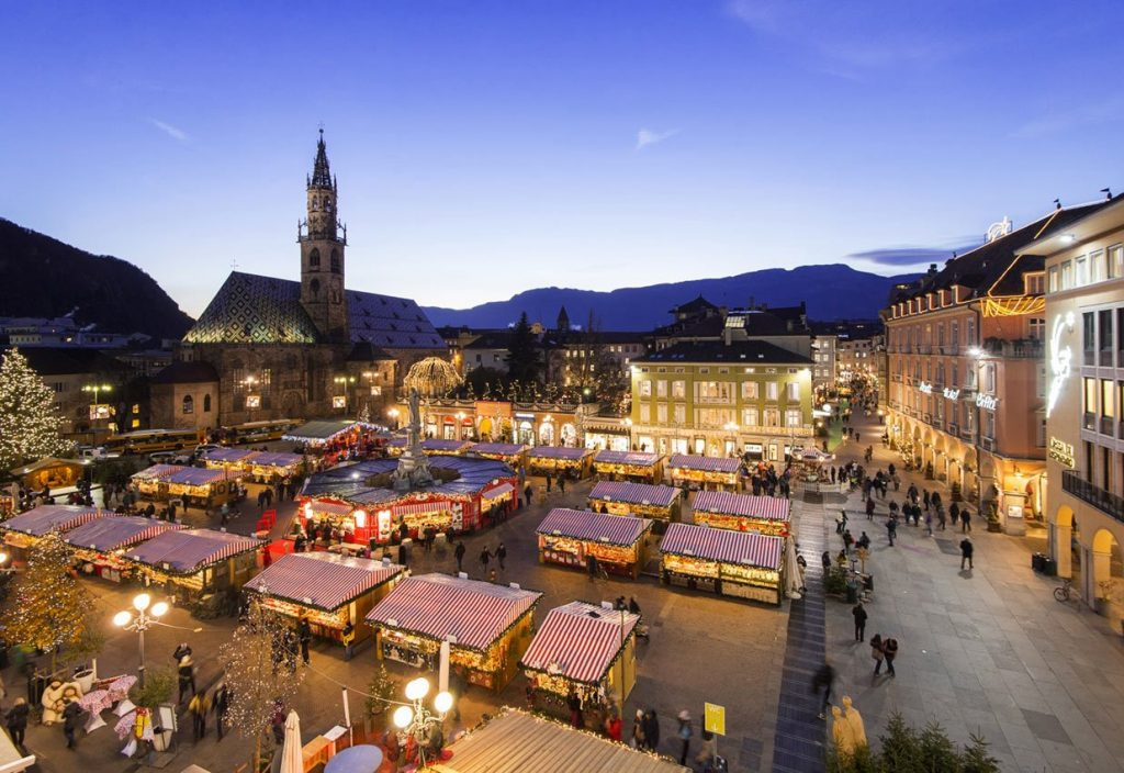 Winter Vacation in Italy and visit the Christmas Market of Bolzano