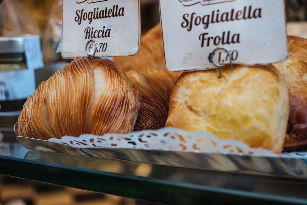 Sfogliatelle on sale in Naples
