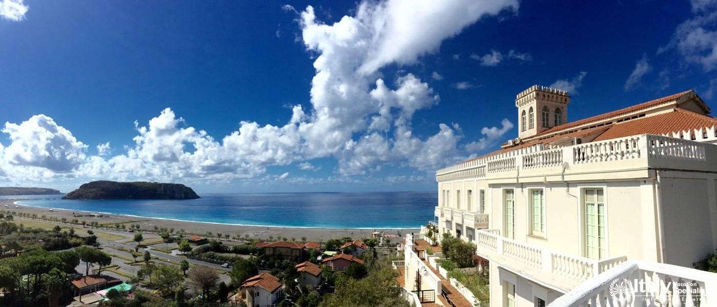 Kingdom of the Sun, Praia a Mare Calabria