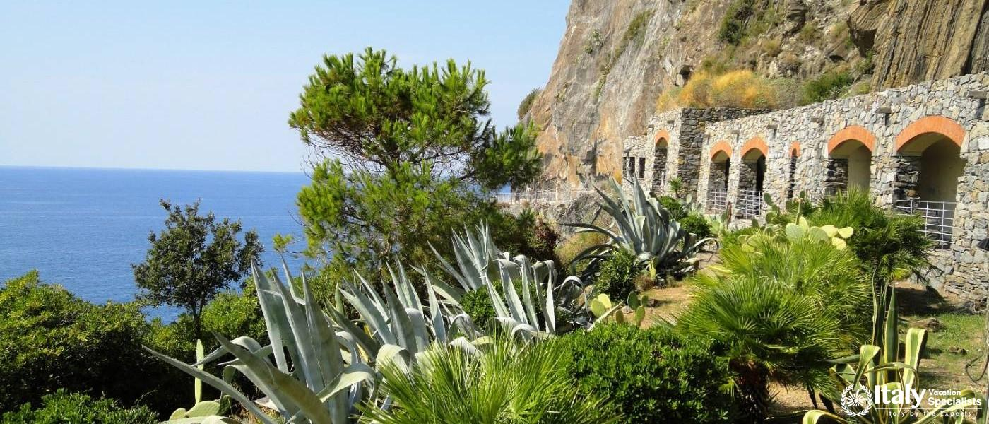 Via Del'Amore - Cinque Terre Walking Trail Italy