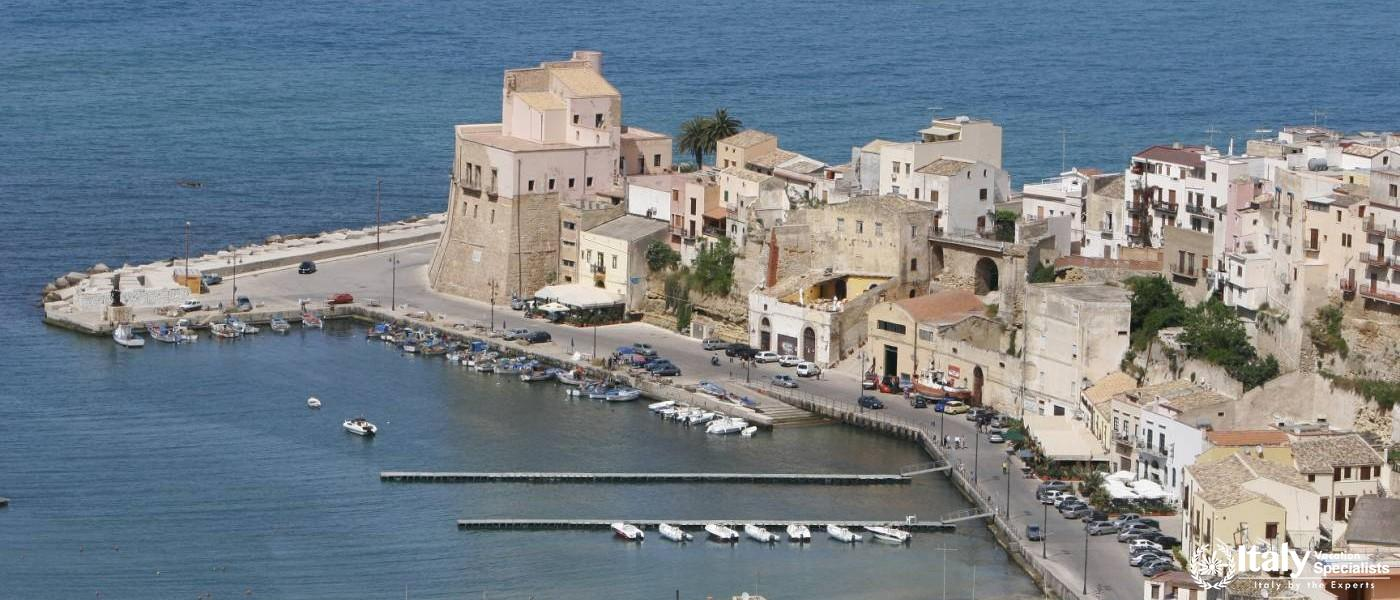 How to Visit Castellammare del Golfo