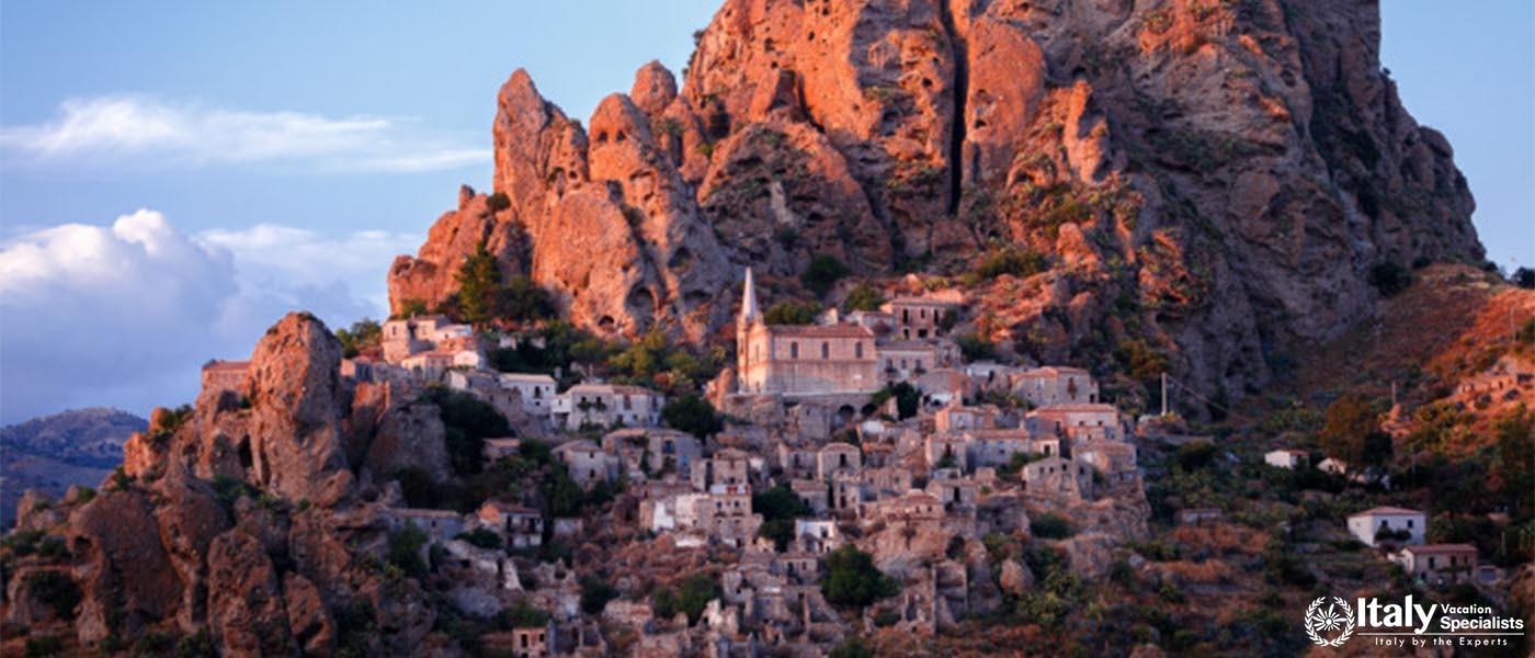 Ghost town Pentedattilo Italy