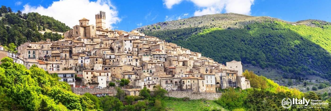 Castel del monte . Abruzzo - Italy
