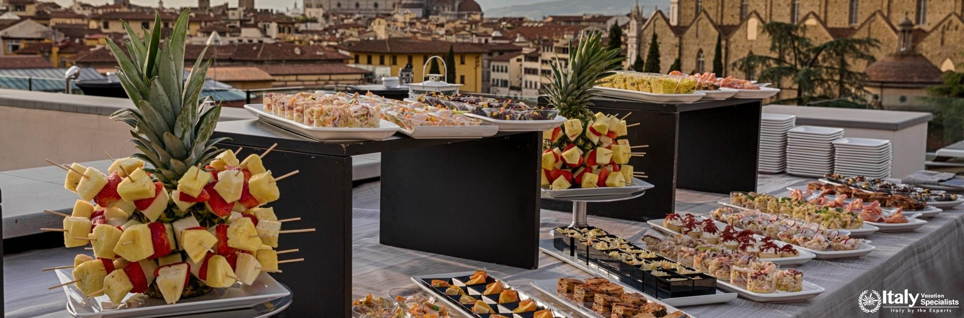 Food and eatables in Hotel Plaza Lucchesi