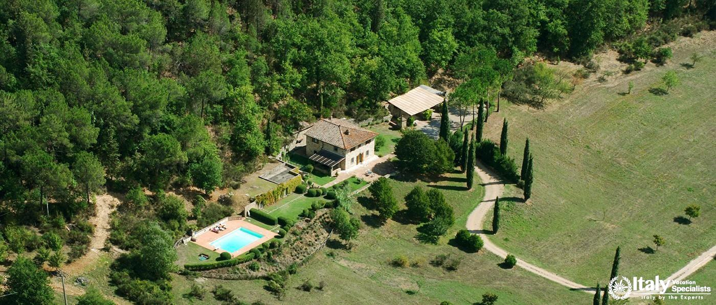 Wonderful countryside view of Villa Di Montesoli