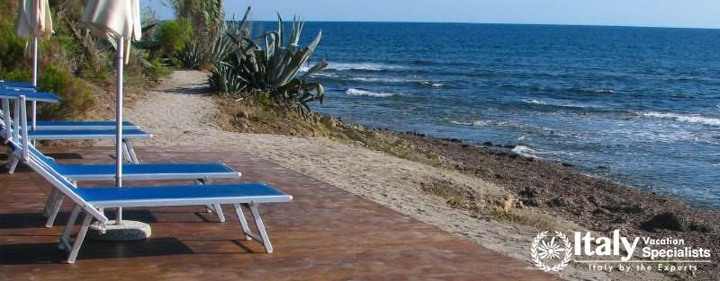 Wonderful beach and sunbathing area in villa
