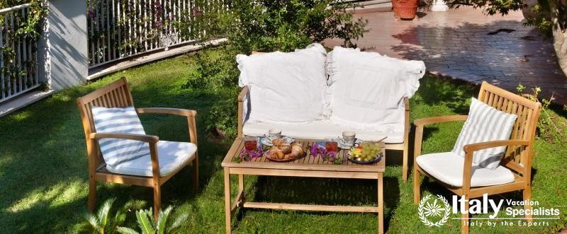 Outdoor furniture in Villa Mio