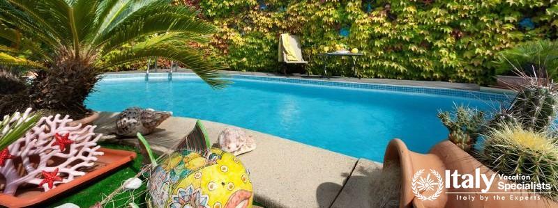 Swimming pool in Villa Tramonto