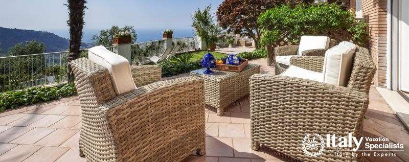 Outdoor sitting area in Villa Mio