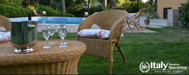 Outdoor furniture at Caloroso Villa