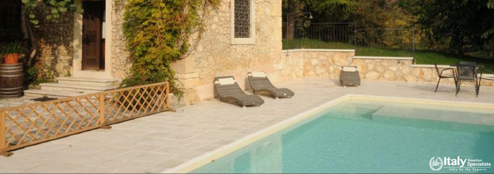 Outdoor swimming pool in Villa Delizioso
