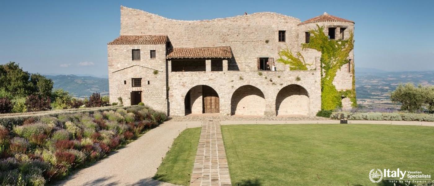 Exterior of Villa Tezio