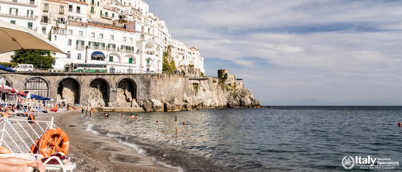 Amalfi ocean sunbed Italy